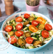 Domatesli Yeşil Salata Tarifi