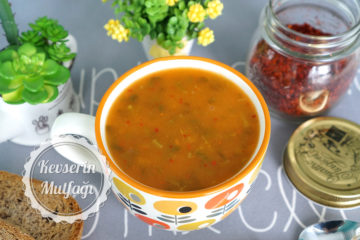 Semizotlu Tarhana Çorbası