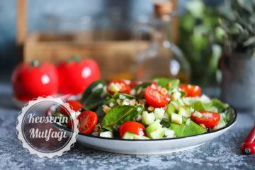 Kuzukulak Salatası
