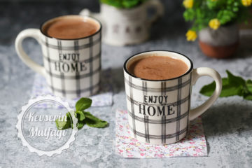 Taze Naneli Sıcak Çikolata Tarifi