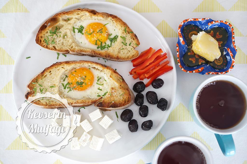 Yumurtalı Çıtır Ekmek Dilimleri Tarifi