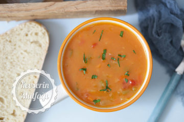 Sebzeli Tarhana Çorbası Tarifi