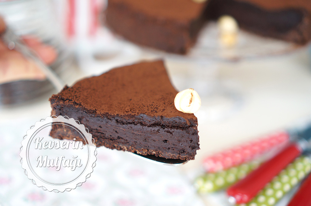 Çikolatalı Tart Tarifi
