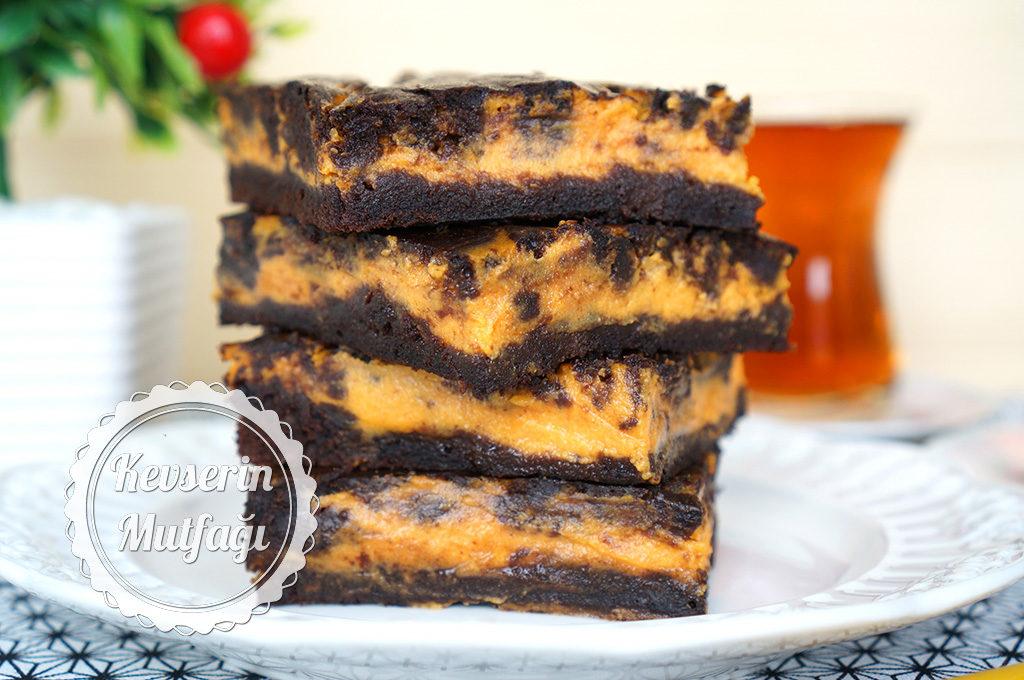 Balkabaklı Cheesecake Brownie