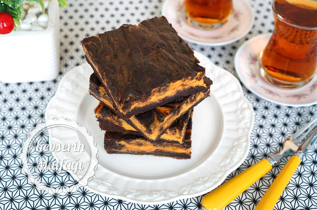 Balkabaklı Cheesecake Brownie Tarifi