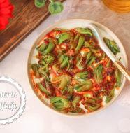 Yoğurtlu Ispanak Kökü Salatası
