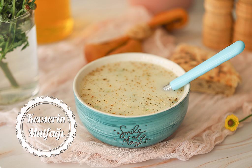 Kremalı Kereviz Çorbası Tarifi