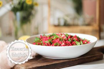 Pancarlı Bulgur Salatası Tarifi