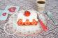 Çilekli Pratik Milföy Pasta Tarifi