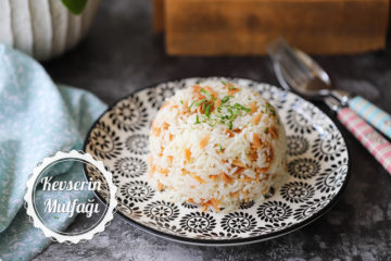 Şehriyeli Pirinç Pilavı (Videolu Tarif)