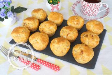 Kurutulmuş Domatesli Muffin Tarifi