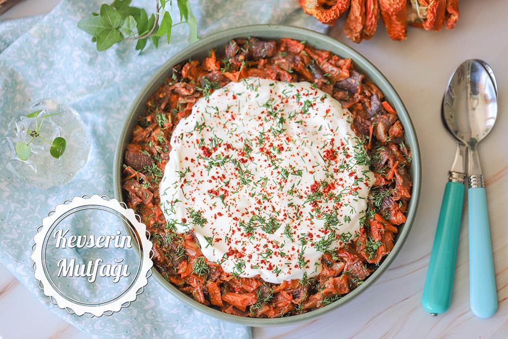Kurutulmuş Patlıcan Biber Kavurması Tarifi