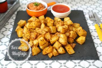 Fırında Baharatlı Küp Patates (Videolu Tarif)