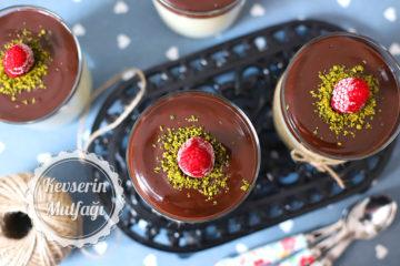 Çikolata Soslu İrmik Tatlısı (Videolu Tarif)
