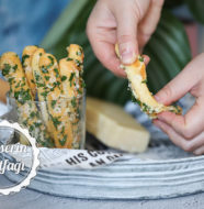 Sarımsaklı Ekmek Çubukları Tarifi