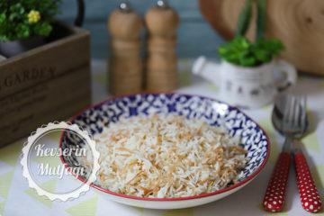 Tel Şehriyeli Pirinç Pilavı Tarifi